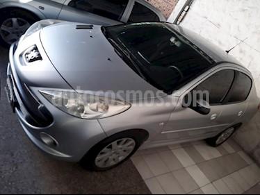 Foto venta Auto usado Peugeot 207 Compact 1.4 HDi Allure 4P (2010) color Gris Claro precio $190.000