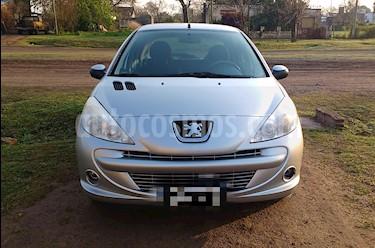 foto Peugeot 207 Compact 1.4 HDi XS 5P usado (2012) color Gris precio $345.000