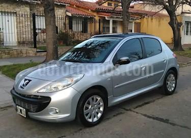 Peugeot 207 Compact 1.4 HDi XT 4P usado (2010) color Gris Fer precio $140.000
