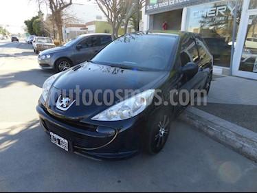 Foto Peugeot 207 Compact 1.4 XR 3P usado (2011) color Negro precio $290.000