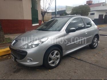 Foto venta Auto usado Peugeot 207 Compact 1.6 Quiksilver 3P (2010) color Gris Aluminium precio $235.000