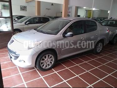Foto venta Auto usado Peugeot 207 Compact 1.6 XT Premium 4P (2009) color Gris Claro precio $230.000