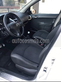 Peugeot 207 Compact 2.0 HDi XT 4P usado (2010) color Blanco Banquise precio $250.000