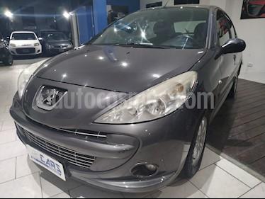 Peugeot 207 Compact 1.4 HDi XS 5P usado (2011) color Gris Aluminium precio $335.000