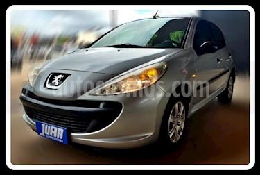 Peugeot 207 Compact 1.4 Active 4P usado (2011) color Gris Claro precio $344.000