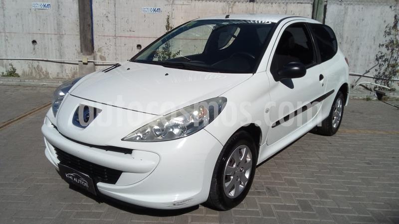 Peugeot 207 Compact 1.4 XR 3P usado (2012) color Blanco precio $489.000