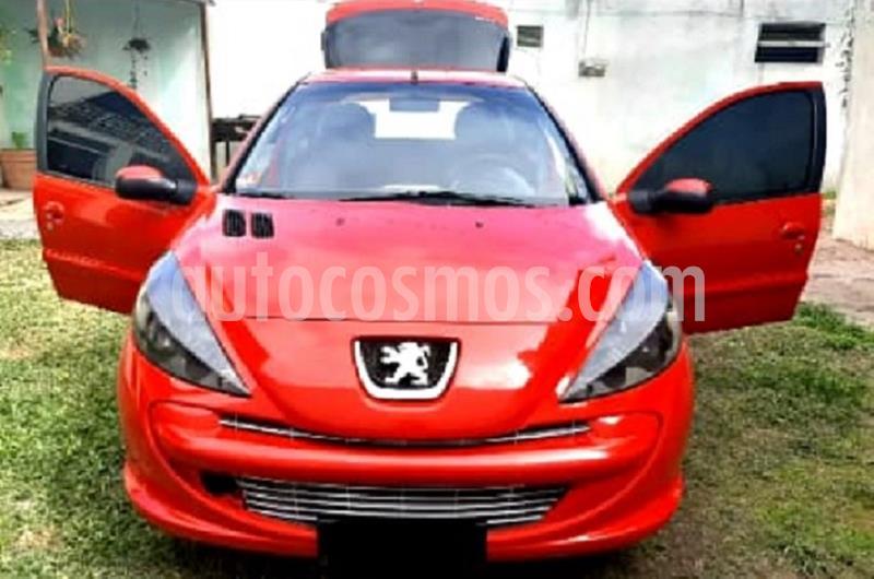 Peugeot 207 Compact 1.4 Active 5P usado (2014) color Rojo Aden precio $550.000