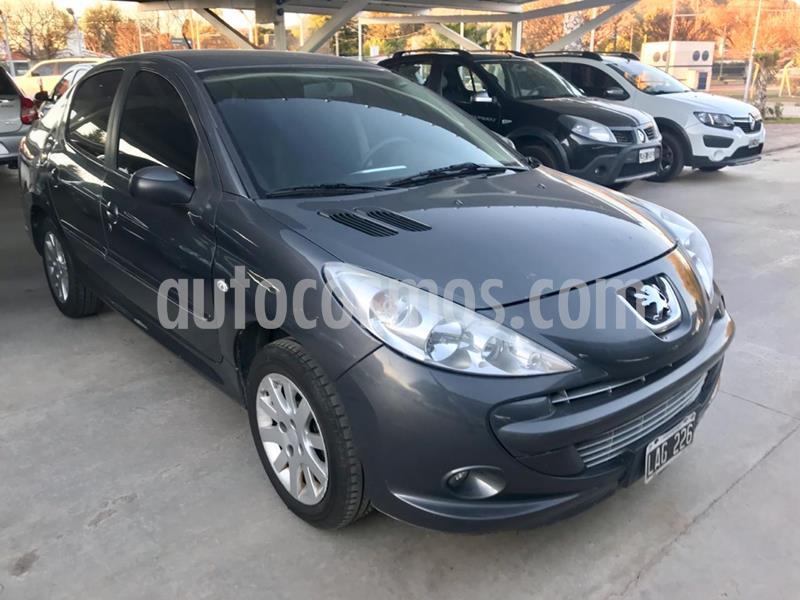 Peugeot 207 Compact 1.6 XT 4P usado (2012) color Gris Oscuro precio $470.000