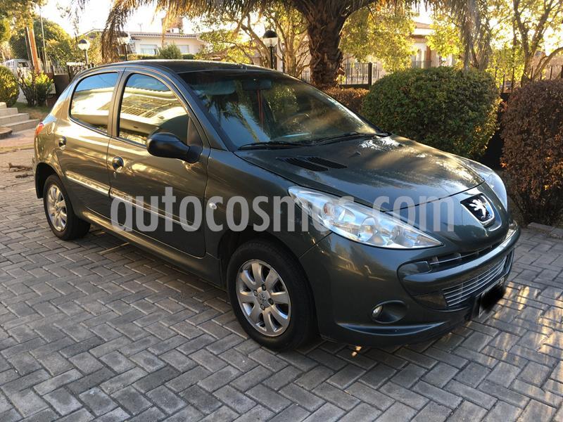 Peugeot 207 Compact 1.4 XS 5P usado (2011) color Gris precio $445.000