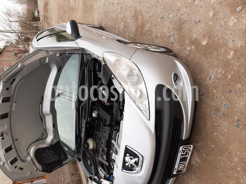Peugeot 207 Compact 1.6 Allure 5P usado (2011) color Gris Aluminium precio $500.000