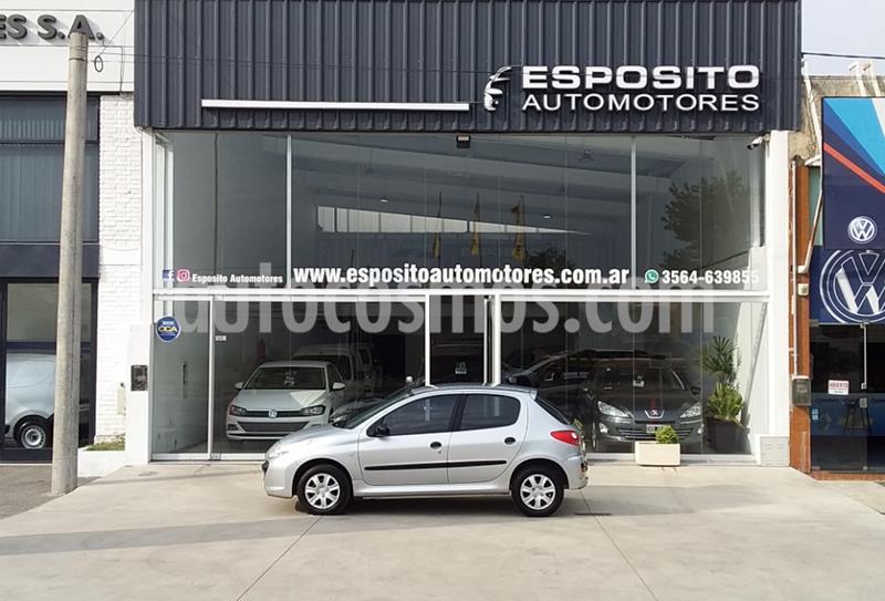 Peugeot 207 Compact 1.4 Active 4P usado (2009) color Gris Claro precio $425.000