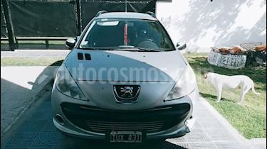 Peugeot 207 Compact 2.0 HDI XT SW usado (2010) color Gris Aluminium precio $250.000