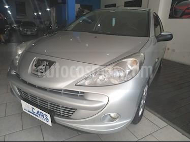 Peugeot 207 Compact 1.4 XS 4P usado (2013) color Gris Aluminium precio $345.000