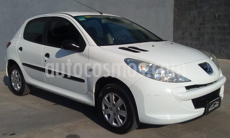 Peugeot 207 Compact 1.4 Active 5P usado (2013) color Blanco precio $520.000