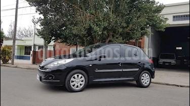 Foto Peugeot 207 Compact 1.4 HDi Allure 5P usado (2012) color Negro precio $295.000