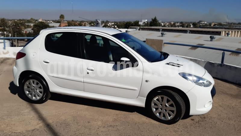 Peugeot 207 Compact 1.6 Allure 5P usado (2009) color Blanco precio $410.000