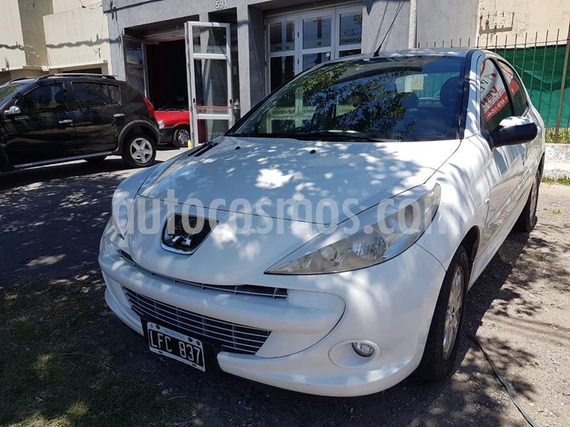 Peugeot 207 Compact 1.4 XS 4P usado (2012) color Blanco Banquise precio $650.000