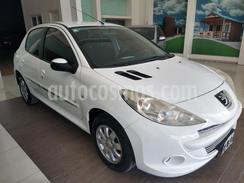 Peugeot 207 Compact 1.4 HDi Allure 5P usado (2012) color Blanco precio $475.000