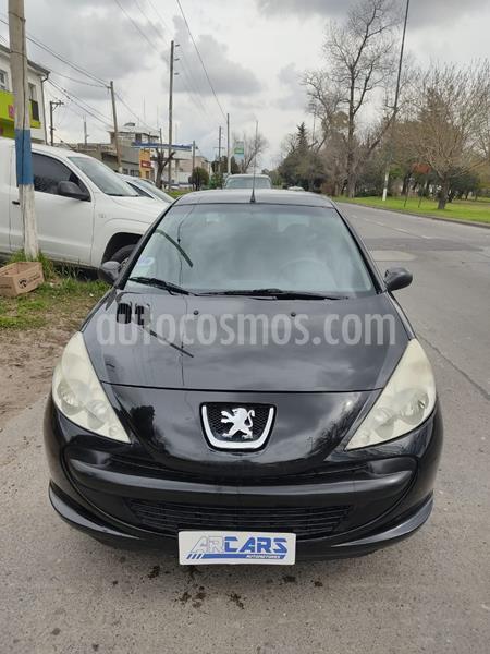 Peugeot 207 Compact 1.4 XR 3P usado (2011) color Negro Perla precio $498.000