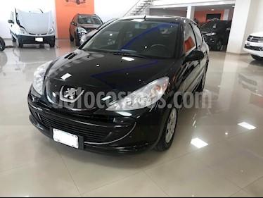 Peugeot 207 Compact 1.4 Allure 5P usado (2013) color Negro precio $339.000