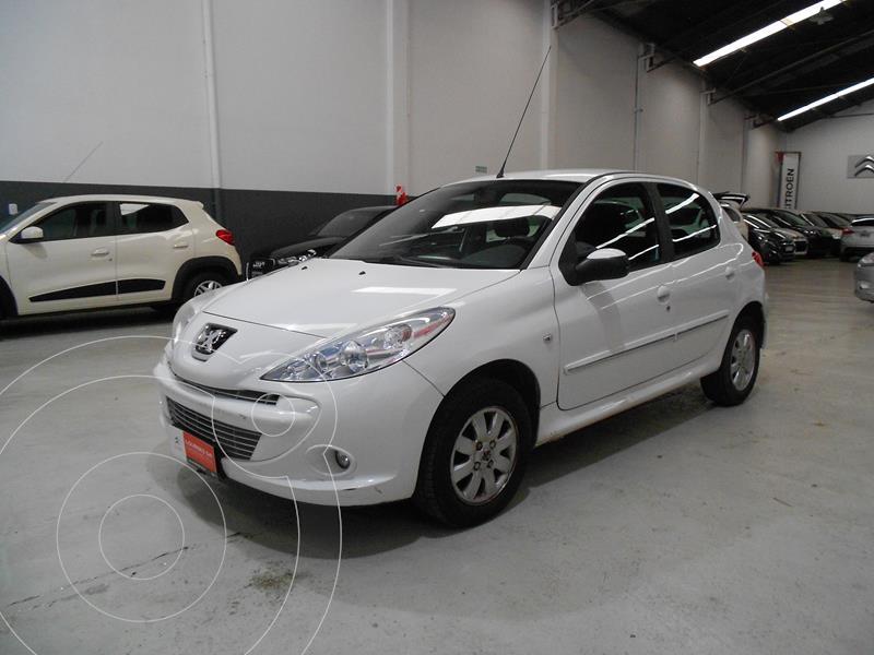 Peugeot 207 Compact 1.4 XS 5P usado (2011) color Blanco precio $714.500