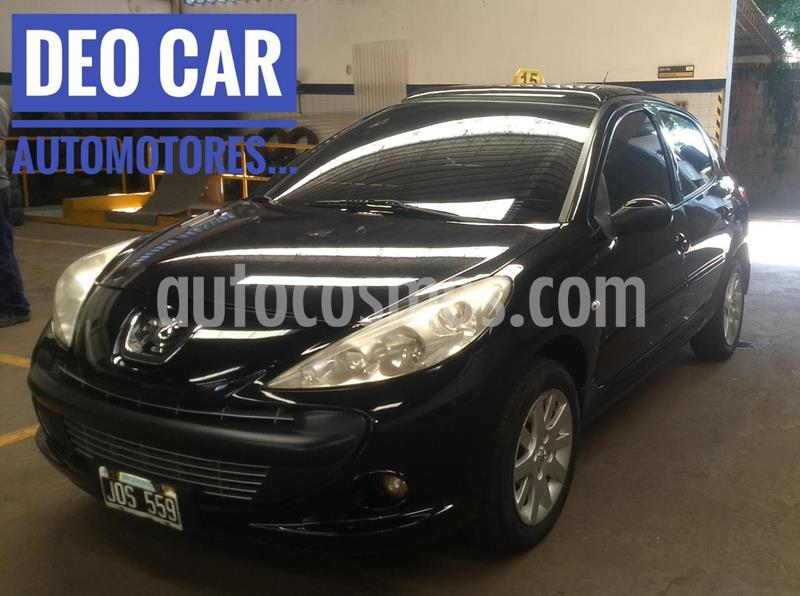 Peugeot 207 Compact Xt Premium 1.6 5p usado (2011) color Negro precio $590.000