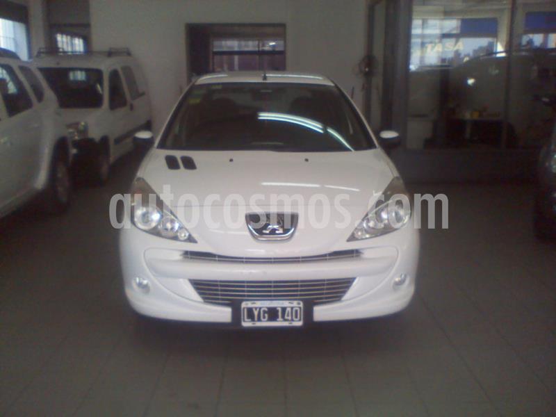 Peugeot 207 Compact 1.4 Allure 5P usado (2012) color Blanco precio $520.000