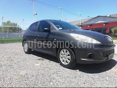 Peugeot 207 Compact 1.6 XS 5P usado (2013) color Negro Perla precio $240.000
