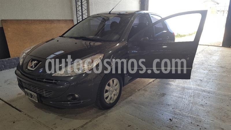 Peugeot 207 Compact 1.4 Allure 5P usado (2012) color Gris Oscuro precio $570.000