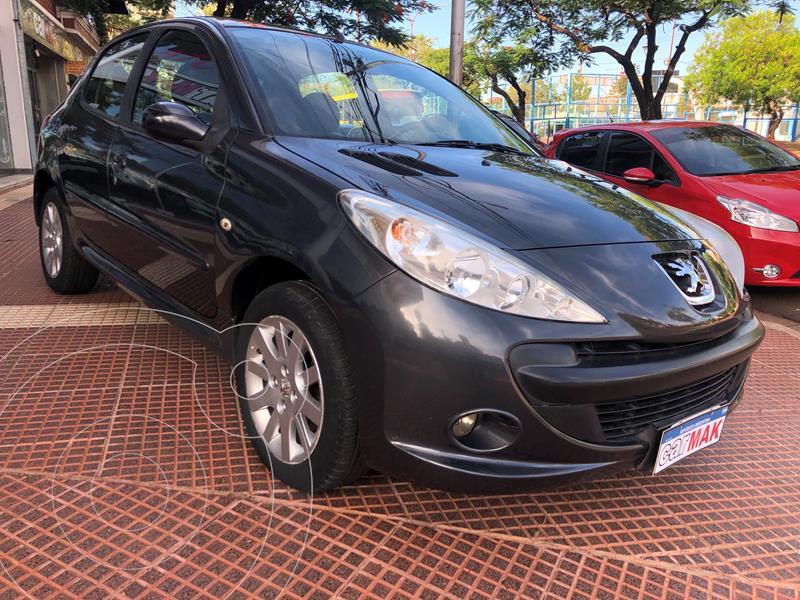 Peugeot 207 Compact 1.6 XS 5P usado (2010) color Gris precio $709.990
