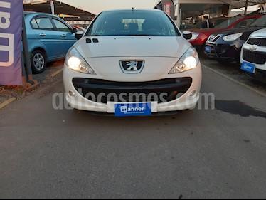 Foto Peugeot 207 5P 1.4 Genaration  usado (2013) color Blanco precio $4.180.000