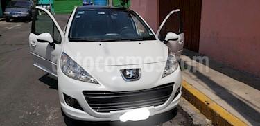 Peugeot 207 5P Allure usado (2013) color Blanco precio $97,000