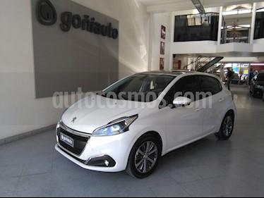 Foto Peugeot 208 - usado (2018) color Blanco precio $798.000
