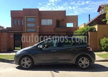 Foto Peugeot 208 1.4L Active HDi 5p usado (2014) color Gris Shark precio $6.700.000