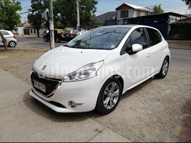 Foto venta Auto usado Peugeot 208 1.4L Allure e-HDi 5p (2015) color Blanco Banquise precio $7.000.000