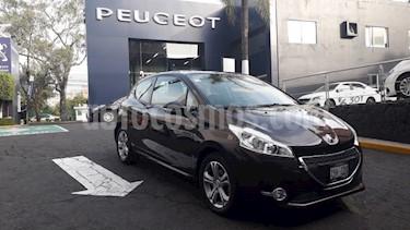 Foto Peugeot 208 1.6L Allure 3P usado (2014) color Blanco Banquise precio $141,900