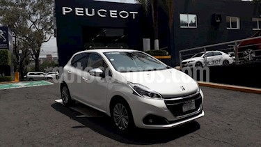 Foto venta Auto usado Peugeot 208 1.6L Allure Aut (2019) color Blanco Banquise precio $259,900
