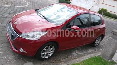 Peugeot 208 1.6L Allure usado (2014) color Rojo Rubi precio $123,000