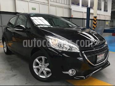 Foto venta Auto Seminuevo Peugeot 208 1.6L Allure (2016) color Negro precio $180,000