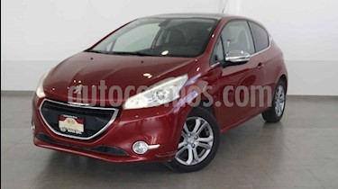 Foto venta Auto usado Peugeot 208 1.6L Feline 3P NAV (2015) color Rojo precio $168,000
