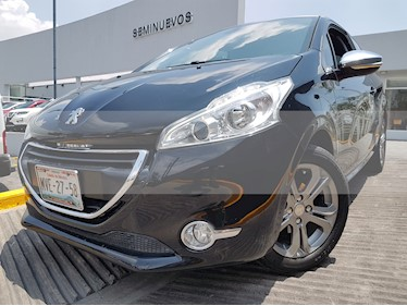 Foto venta Auto usado Peugeot 208 1.6L Feline 3P  (2016) color Negro Perla precio $198,000