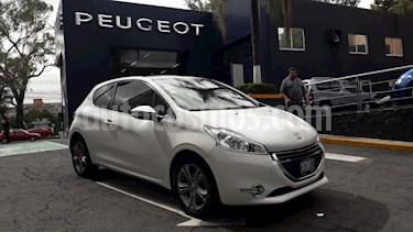 Foto venta Auto usado Peugeot 208 1.6L Feline Aut (2014) color Blanco Banquise precio $151,900