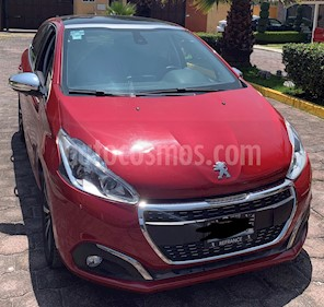 Peugeot 208 1.6L Feline NAV Aut usado (2016) color Rojo precio $170,000
