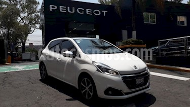Foto venta Auto usado Peugeot 208 1.6L Feline (2017) color Blanco Banquise precio $197,900