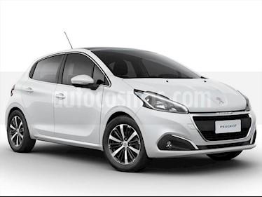 Peugeot 208 Active 1.6 usado (2017) color Blanco precio $392.000