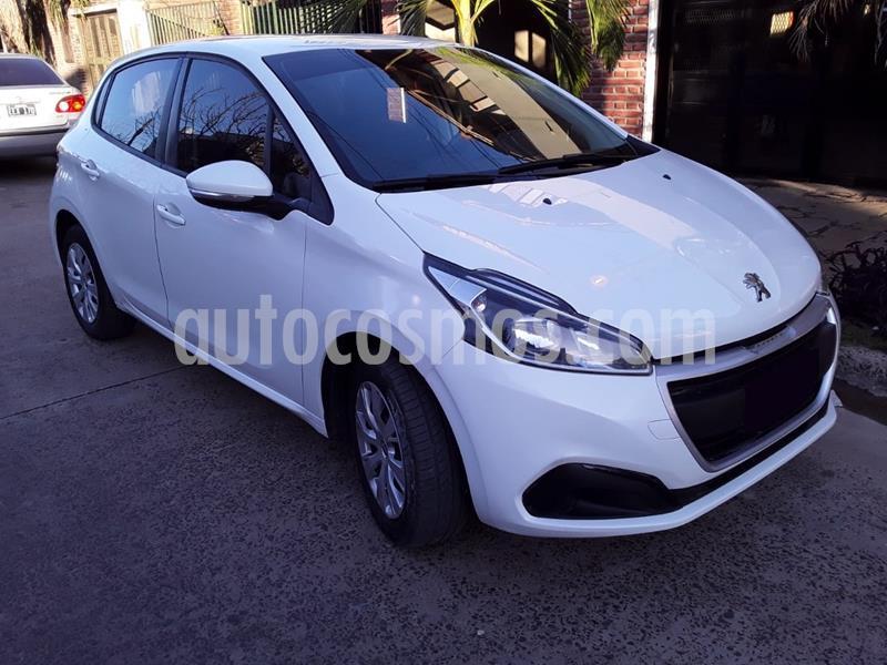 Peugeot 208 Active 1.5 usado (2017) color Blanco Banquise precio $980.000