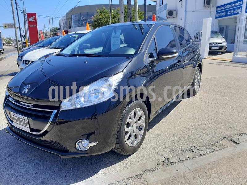 Peugeot 208 Allure 1.6  usado (2015) color Negro precio $1.050.000