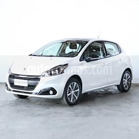 Peugeot 208 Active 1.6 usado (2020) color Blanco precio $1.070.000