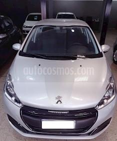 Peugeot 208 Active 1.6 usado (2020) color Gris Claro precio $1.200.000