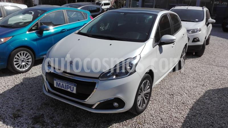 Peugeot 208 Active 1.6 usado (2016) color Blanco precio $970.000